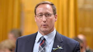 justice-minister-peter-mackay2